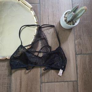Victoria's secret black lace scoop bralette S